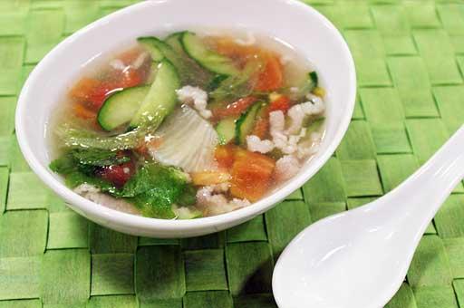 きゅうりの中華スープ