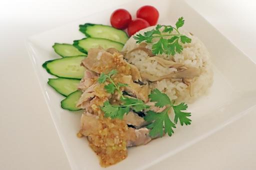 炊飯器で簡単!シンガポールチキンライス
